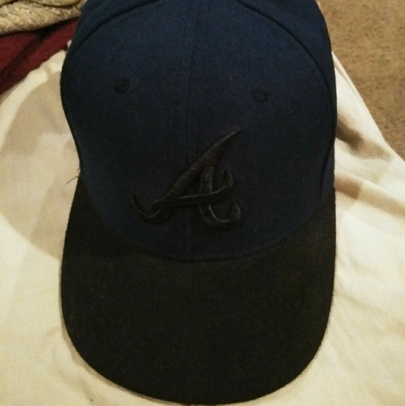 New Era Fitted Atlanta Braves Cap ca5115796fe